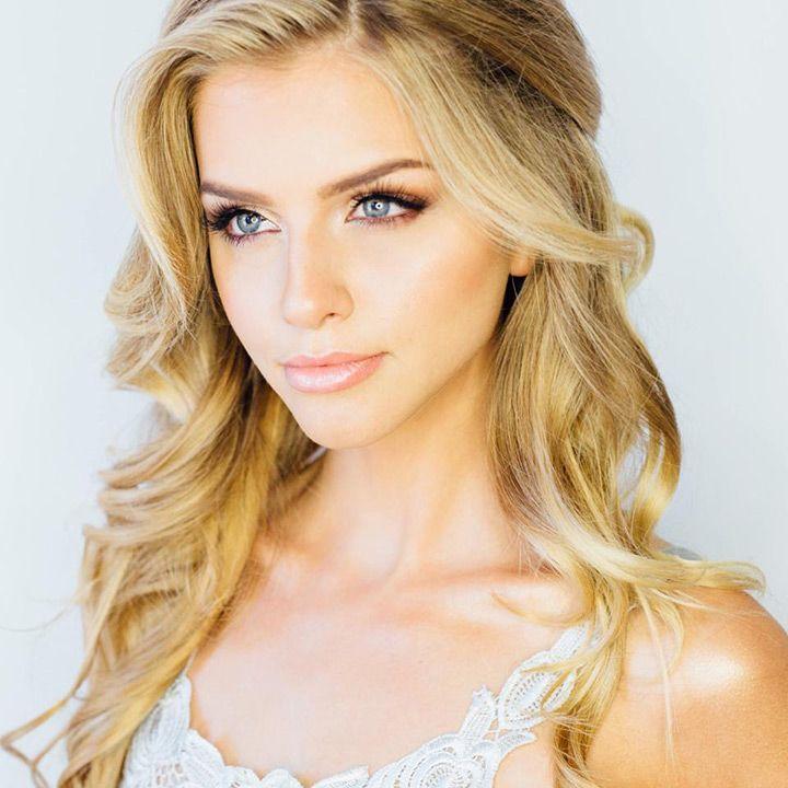 soft bridal makeup - just gorgeous! ~  we ❤ this! moncheribridals.com