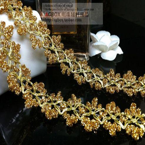 Купить товарСвоими руками материал золото кружевная ткань ткань аксессуары 2,5 см 5 метров / серия в категории Кружевона AliExpress.       Добро пожаловать в наш магазин!!!               Ребенок цвет: золото               Детские ширина: 2.5