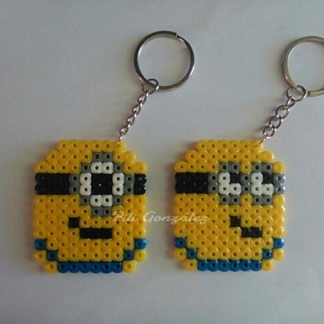 Minions keyrings hama mini beads by piligonzalez.hamabeads