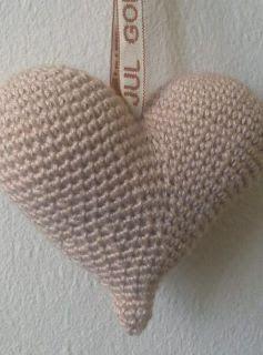 Puslefanten og alt det andet: Et hæklet hjerte - fyldt med kærlighed