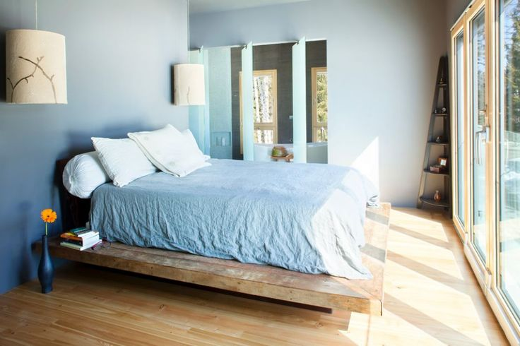 Do It Yourself Create Platform Beds Check more at http://www.wearefound.com/do-it-yourself-create-platform-beds/