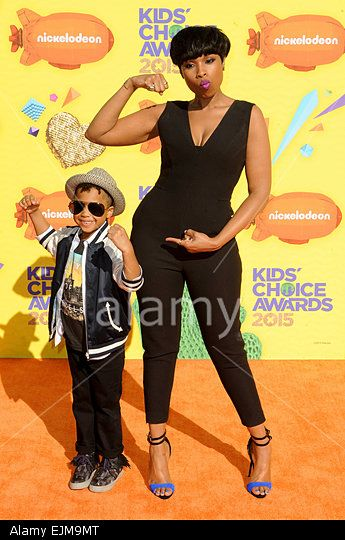 Jennifer Hudson & son David Otunga Jr 28th Annual Kids Choice Awards 2015 28/03/2015 in Los Angeles © dpa picture alliance / Alamy
