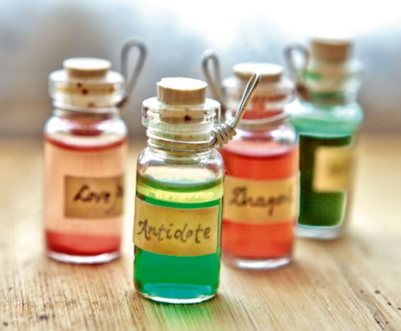 truebluemeandyou: DIY Bottled Potions that can be hung as charms. Etsy Tutorial here. Carol, a.k.a.specialmeat's suggestions: • Love Potion: Mix pink cake shimmer into your potion to capture your beloved's heart. • Dragon's Blood: Add extra red food...