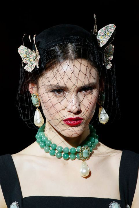 ee3d090259 The Most Lust-Worthy Earrings At Fashion Week AW19 | Nice Clothes