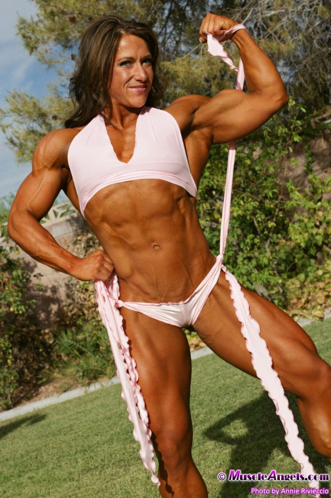 Female bodybuilder fetish 4