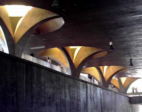 Galería de Clásicos de Arquitectura: Rodoviária de Jaú / Vilanova Artigas - 4
