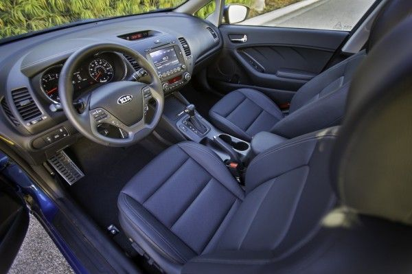2014 Kia Forte Stylish Interior 600x399 2014 Kia Forte Review, Performance, Quality, Safety with Images