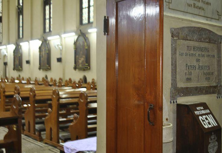 Gereja Katolik Hati Kudus Yesus. Kota Malang - Jawa Timur