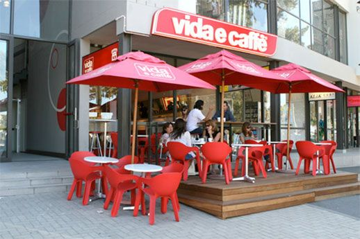 5 Minutes with Vida e Caffé Founder Grant Dutton | Entrepreneur
