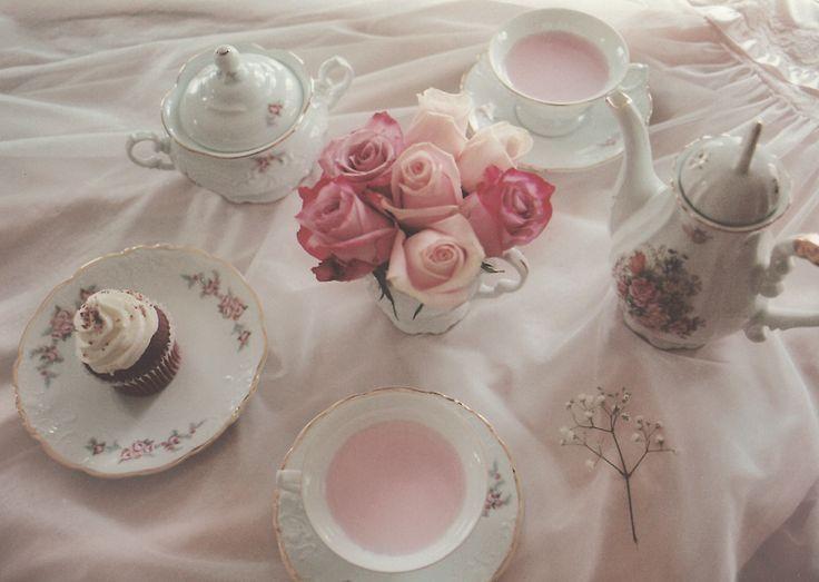 tea party time - photo #15