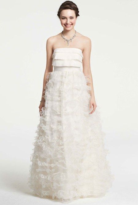 Best 25 ann taylor wedding dresses ideas on pinterest falda eye popping 3d petal appliqus are perfect for the bride with a ton of ann taylor wedding dressesstrapless junglespirit Image collections