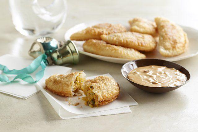 plantain-empanadas-chipotle-peanut-sauce-119344 Image 1