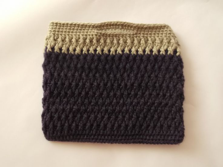 Crochet tablet cover, tablet sleeve, ipad cover, samsung tablet cover; crocheted purse by Handmadebyadina on Etsy