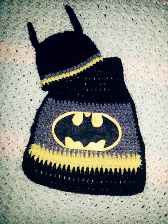 Crochet batman beanie and cape Stuff Ive made :) Pinterest Capes, ...