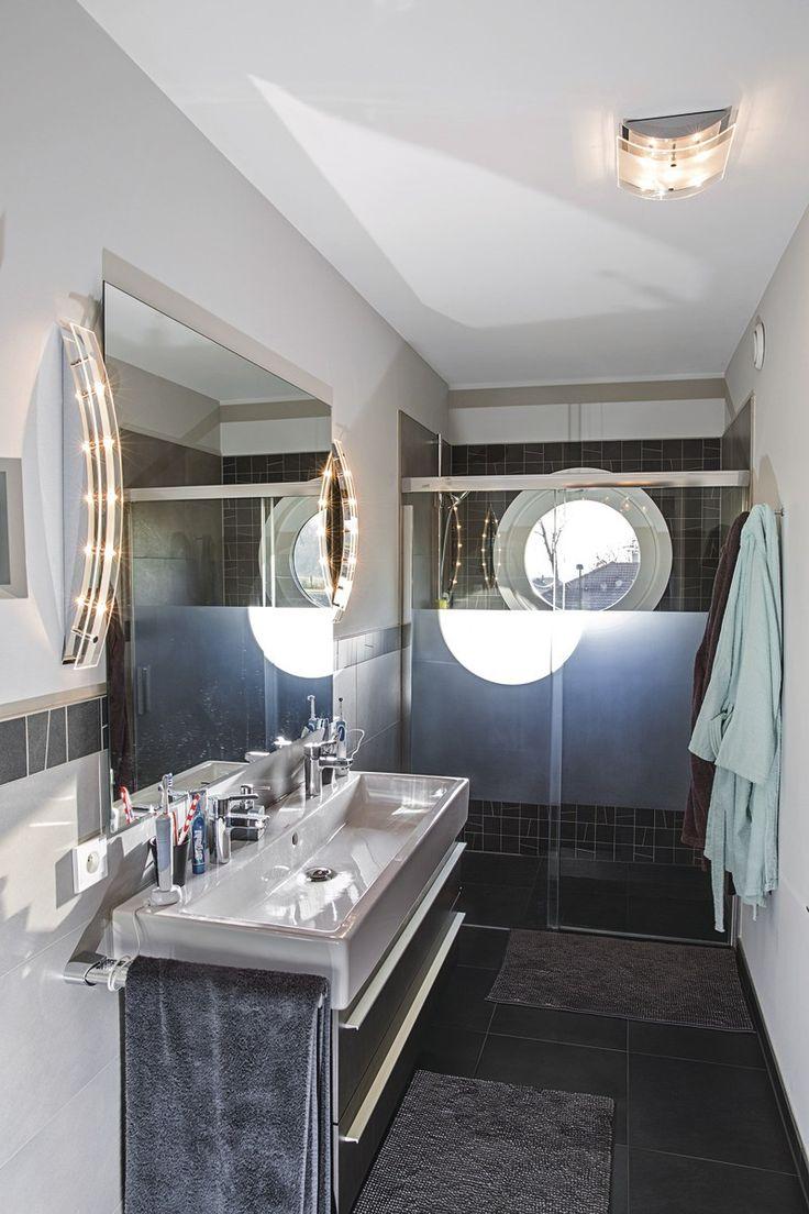 #Fertighaus #holzbauweise #weberhaus #holzverschalung #architektenhaus #Badezimmer #bathroom #bad