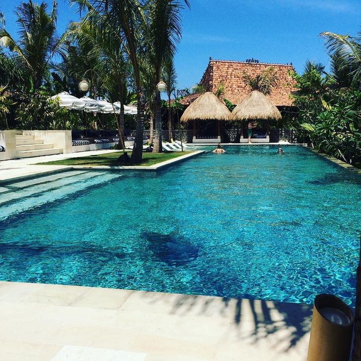 The exclusive to inhouse guests pool at the Health Hub, Komune Resort & beach club. AMAZING!