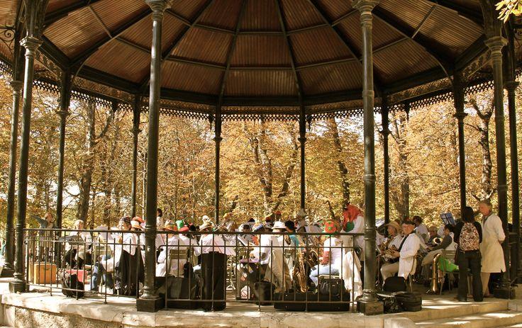 kiosque à musique du luxembourg