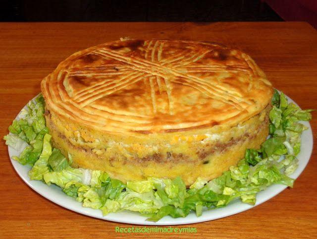Hoy os traigo otra receta de pastel de patata , que va muy bien para un día en familia , en la playa , o en la montaña       Paso a paso...