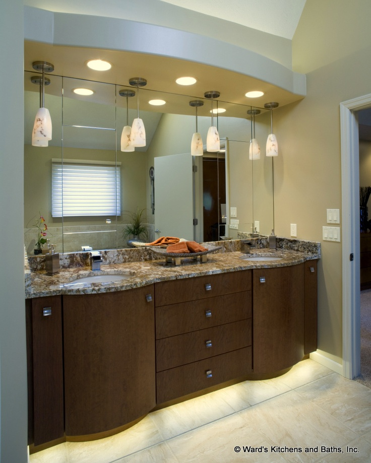 Contemporary Curved Bath Vanity Cabinets With Toe Space
