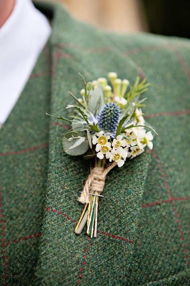 Eryngium Thistles Make Great Buttonholes For Weddings They Create A Rustic Look Which Is Perfect For C In 2020 Button Holes Wedding Wedding Flowers Wildflower Wedding