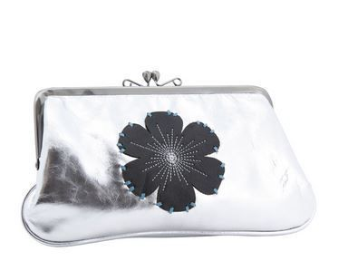 Spencer & Rutherford #Handbag, Wallet & Clutch clearance #sale. Prices like these can not be ignored Shop now http://ow.ly/HT3YL KYLIE CLUTCH BAG Was $199.00 now $75.99 http://www.genuinebaggage.com.au/brands/Spencer-and-Rutherford.html