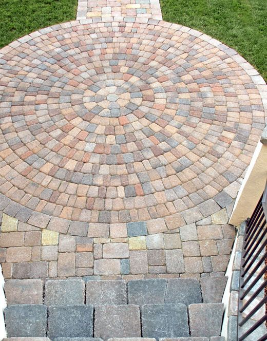 10 Front Walkways For Maximum Curb Appeal: Front Walkway Ideas: Medallion Gives Path Illusion of Grandeur