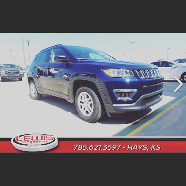 New 2018 Jeep Compass Sport Fwd Sport Utility Price 23 139 22 Mpg City 31 Mpg Hwy 2 4l I4 M Air Engin Jeep Compass Sport Chrysler Dodge Jeep Buick Envision