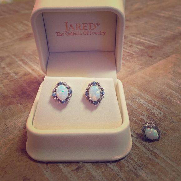Jared Jewelry Ring Box Jared wooden jewelry box espresso and cream