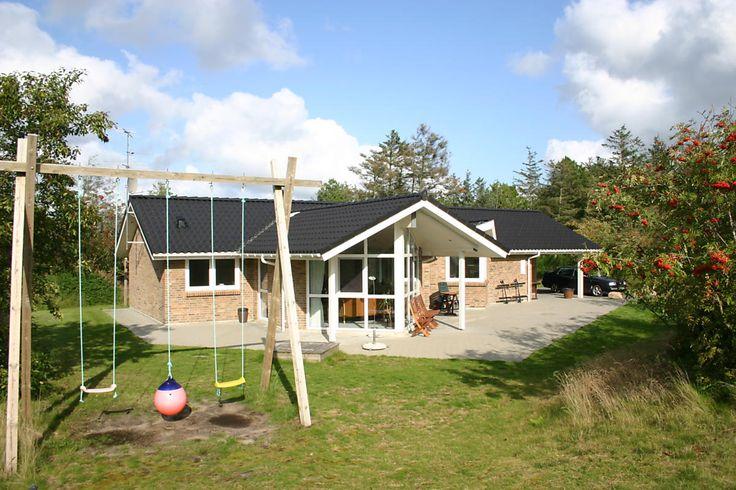Modernes vom Architekten gezeichnetes Ferienhaus an der dänischen Nordsee ab Samstag im Last Minute Angebot: http://www.danwest.de/last-minute #LastMinute #Nordsee #Ferienhaus #Dänemark
