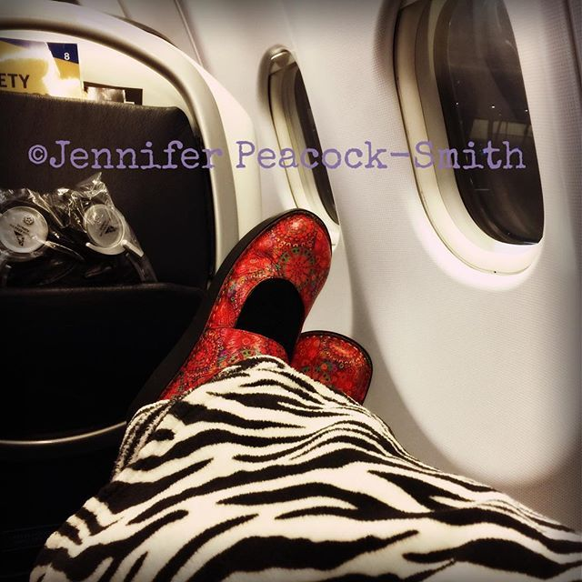 Goodbye Joburg ... see you soon Perth Australia ... not sure how much sleep I'll get with the family in the row in front who think that everyone loves a child who only uses their outside voice 😬😬💤💤✈️✈️ ____________________ #EedsTravel #Travelsnaps #loveafrica #MahEeds #EDS #chroniclife #ZebraStrong #EhlersDanlos #spoonie #EDSzebra #zebralife
