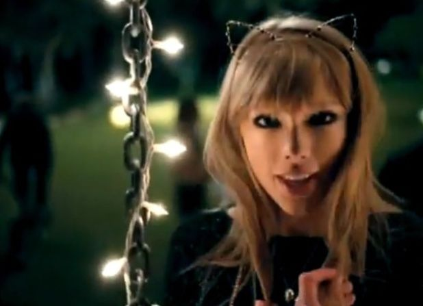 taylor swift 22 video | An Ordinary girl: Lirik lagu: Taylor Swift - 22