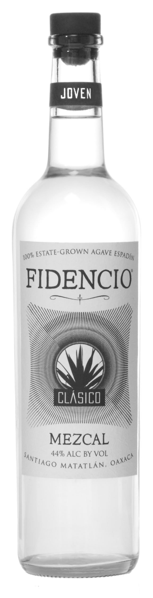 Yet another fabulous #mezcal brand that comes in one of three states - the Fidencio Sin Humo (without smoke), the Fidencio Clásico (double-distilled, classic taste, higher alcohol content), and the Fidencio Pechuga, (triple-distilled, 45.4% ABV). The producer is seeking organic certification. Top notch stuff. <||> #Fidencio #Mezcal