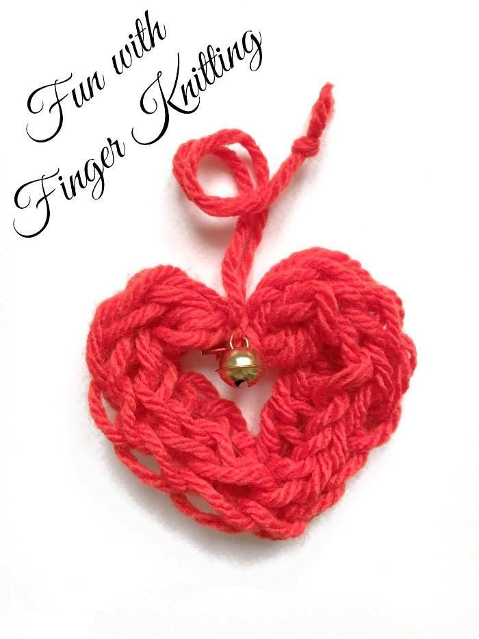 Adore these finger knitted heart ornaments. Cute and easy and a great finger knitting project for kids. Love.