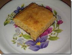 Aprende a cocinar pastel de elote, un postre muy sencillo que encantará a toda tu familia. Te presentamos además, 3 opciones diferentes para servir este pan de elote casero. Disfrútalo