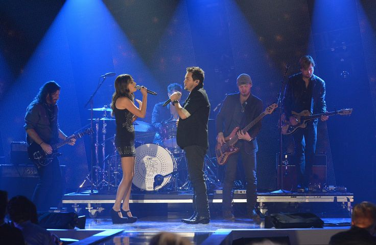 Kacey Musgraves - 2012 CMT Artists Of The Year - Show