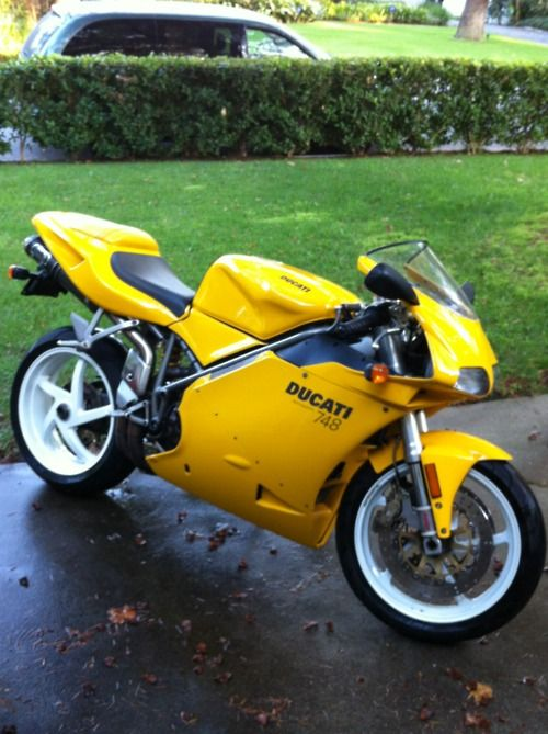 ducati 748 - favourite bike in the perfect colour