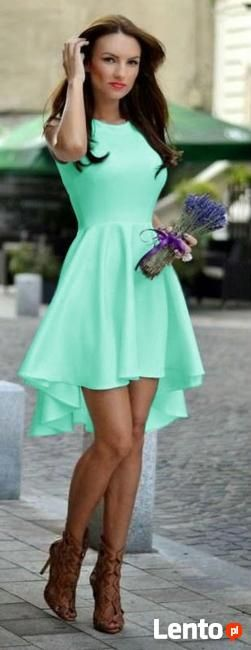 Asymetryczne sukienki na wesele i nie tylko