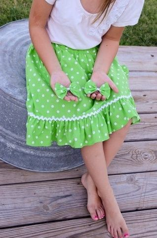 Little Girls Green Polka Dot Ruffle Twirl Skirt with Bloomers Size 3/4