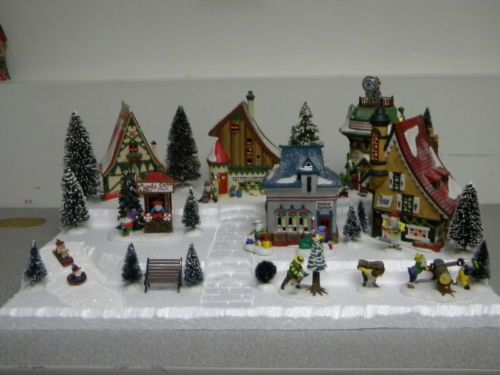 32 best snow village images on Pinterest   Christmas villages ...