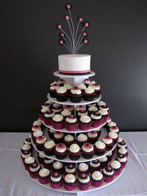 Wedding cupcake tower (red velvet and chocolate)