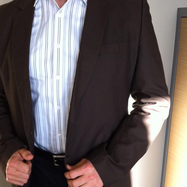 Casual Friday - Camisa de Kenneth Cole, americana de Zara, cinturón Levi's y pantalón Tommy Hilfiger