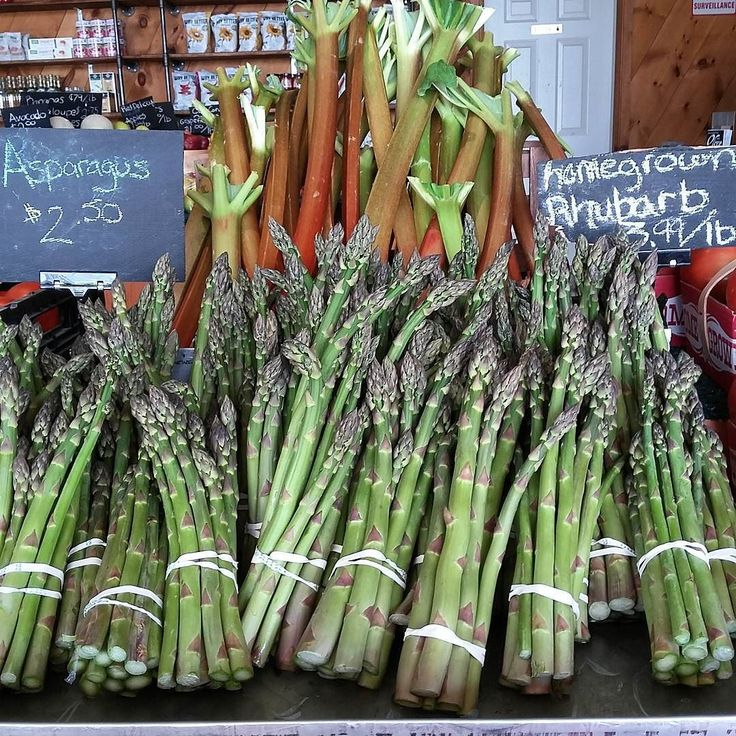 Home grown rhubarb and fresh asparagus all day everyday!  #teamleeandmarias #supportlocal