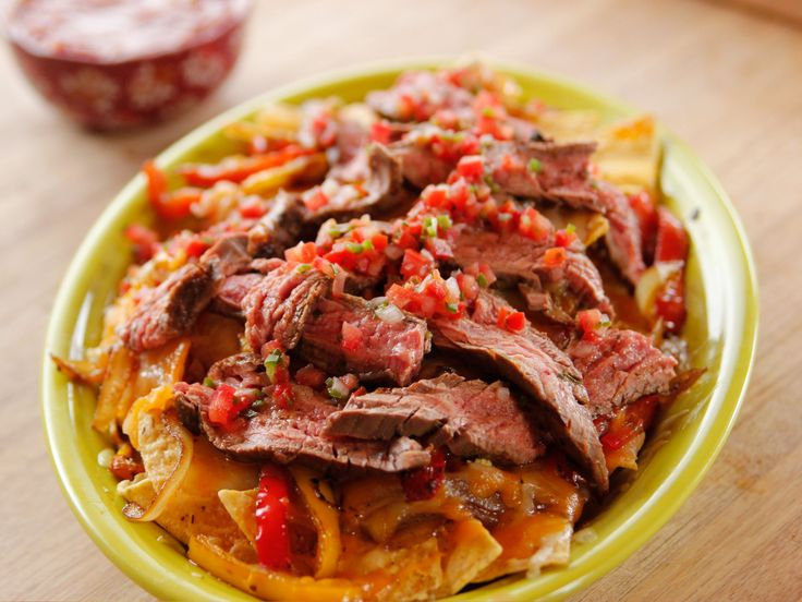 Fajita Nachos recipe from Ree Drummond via Food Network