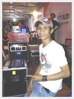 INDONESIAN DRUMMER BENGKULU:
