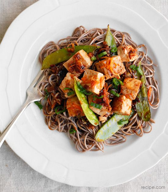 Healthy Soba Noodles with Tofu and Vegetables