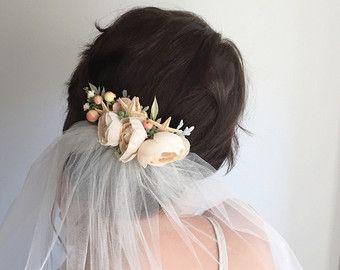 Marfil flor peine boda Floral peine - playa boda casco - estrella de mar accesorio sirena corona - flores pelo peine