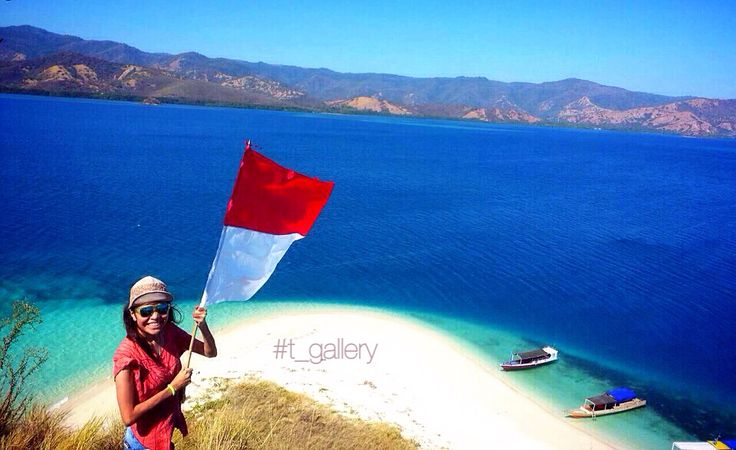 Location : Rutong - Riung - Ngada -NTT - Indonesia    Feeling blessed Happy birthday Indonesia Happy Independence day