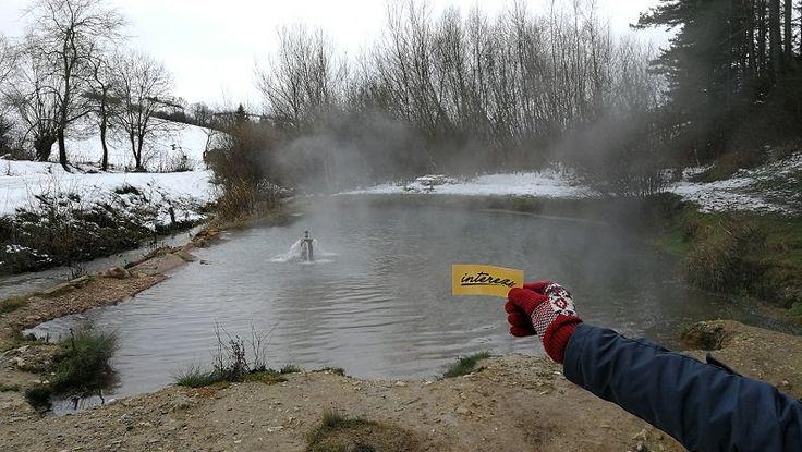 Kalameny - V tomto termálnom jazierku na Slovensku sa okúpeš zadarmo, uprostred prírody a aj v zime