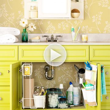 How fun is this bathroom cabinet color? Also love the wallpaper