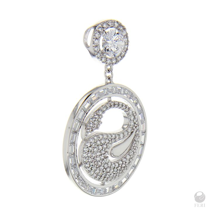 #fashion #jewelery #necklace #bracelet #feri #earrings #pendant #ring #band